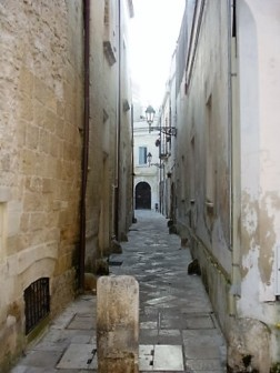 Narrow street in Lecce